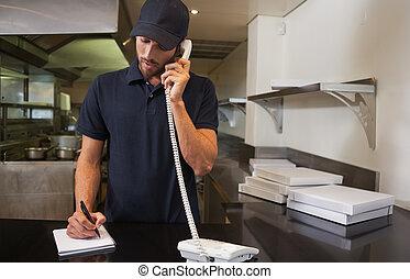 mooi, telefoon, pizza, op, order, man, aflevering, boeiend