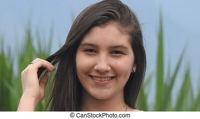 mooi, tiener, het glimlachen meisje
