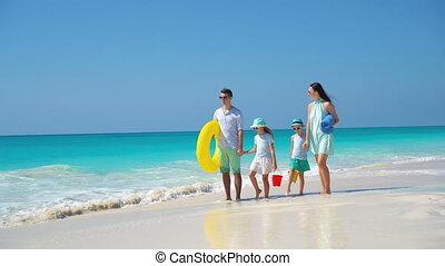 mooi, vier, familie vakantie, tropisch strand, vrolijke