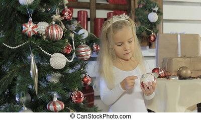 mooi, weinig; niet zo(veel), boompje, verfraait, langharige, blonde , meisje, kerstmis