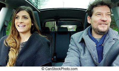 mooie vrouw, geleider, auto, klesten, glimlachende mens, vrolijke