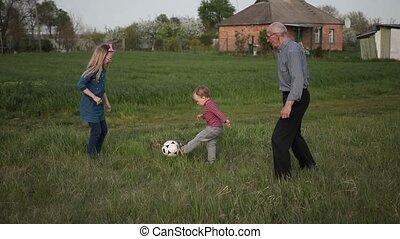 multi, gezin, generatie, samen, voetbal, spelend