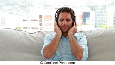 muziek, bankstel, relaxen, man, het luisteren