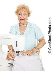 naaiwerk, vrouw, bejaarden