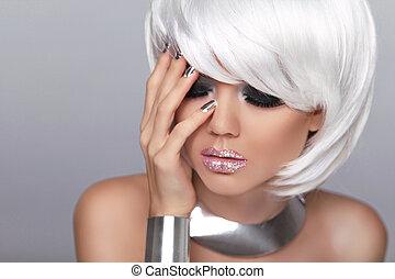 nails., blonde , hair., manicured, makeup., kort, mode, vrijstaand, grijs, verticaal, witte , vrouw, fringe., beauty, style., mode, girl., achtergrond.