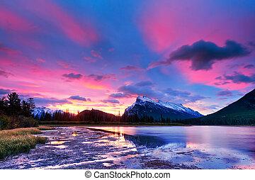 nationaal park banff, vermilion, meren, ondergaande zon , boven