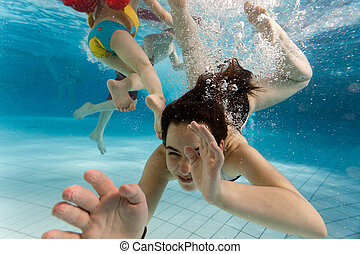 onderwater, kinderen, zwemmen