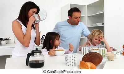 ontbijt, gezin, het genieten van, schattig