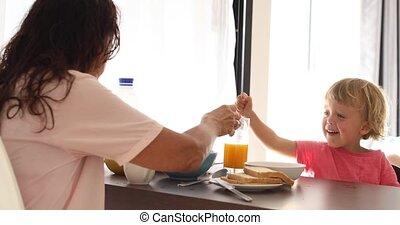 ontbijt, hebben, kinderen, keuken, moeder
