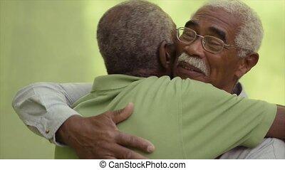 oud, mannen, twee, het koesteren, vrienden, senior