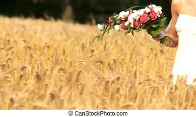 paar, cornfield, trouwfeest