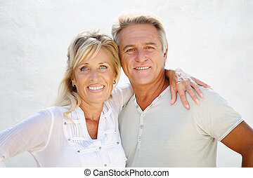 paar, middelbare leeftijd , vrolijke