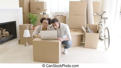 paar, verhuizing, jonge, hun, black , nieuw huis