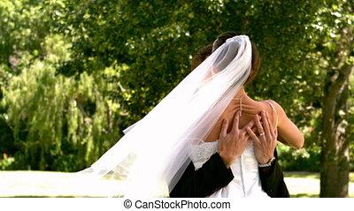 park, gelukkig paar, newlywed