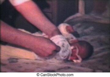 pasgeboren, (1968), thuis, baby, komt