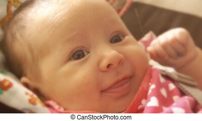 pasgeboren baby, meisje, glimlachen