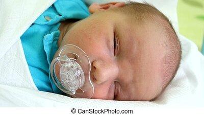 pasgeboren baby, zuigeling, ziekenhuis