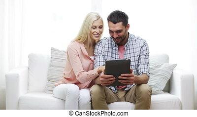 pc, paar, vrolijke , tablet, thuis