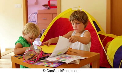 potloden, spelend, siblings