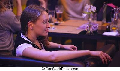 restaurant, uitgeven, friends., nightclub, tijd, meisje, aardig