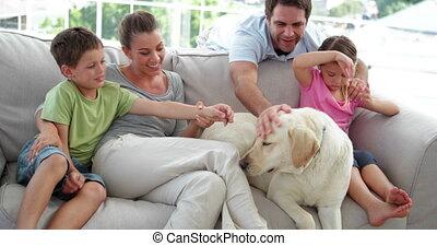 schattig, relaxen, samen, gezin