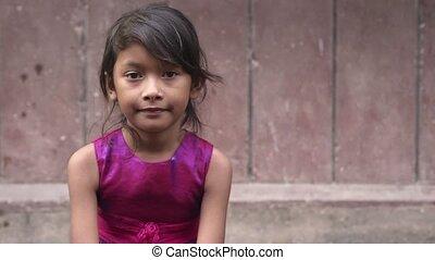 schattig, weinig; niet zo(veel), aziatisch meisje, vrolijke