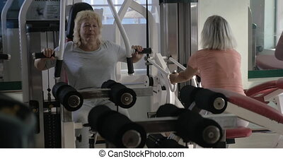 senior, exercisers, opleiding, gym, vrouwen