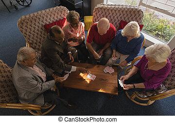 senior, vrienden, thuis, kaarten, groep, verpleging, spelend