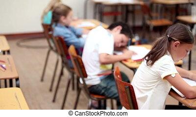 serieuze , werkende , leerlingen