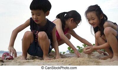 siblings, spelend