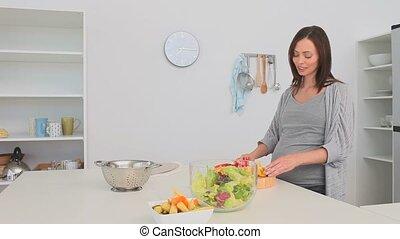 slaatje, het bereiden, vrouw, zwangere