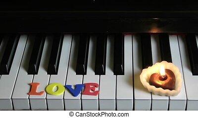 sleutels, licht, piano, liefde, kaarsje