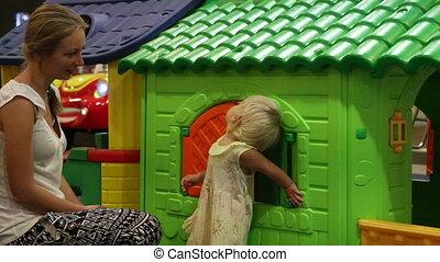 speelbal, toneelstukken, kleurrijke, woning, kind, moeder