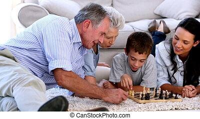 spelend schaakspel, gezin, breidde uit, toget