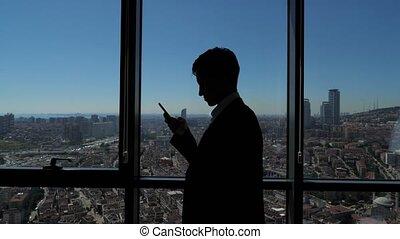 stad, silhouette, t???f??? ??afe???, jonge, panoramisch, venster, grasduinen, zakenman, overzicht.