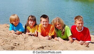strand, kinderen