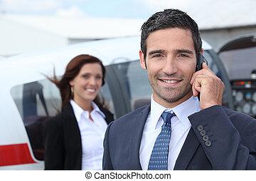 succesvolle , zakenman, luchthaven