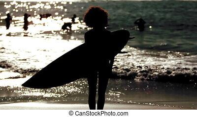 surfb, vrouw, silhouette, vasthouden