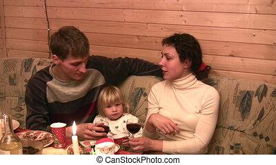 tafel, wijntje, gezin, kind