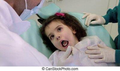 tandarts, werkende , assistent, kind