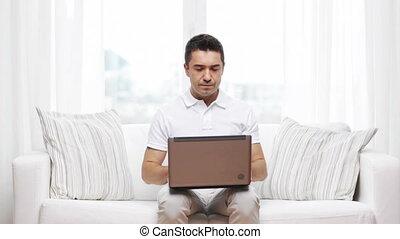thuis, laptop computer, werkende , man