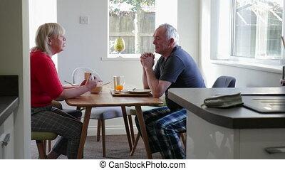 thuis, paar, het genieten van, ontbijt