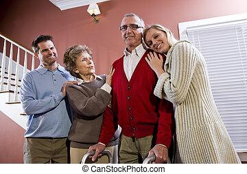 thuis, paar, kinderen, oudere volwassene
