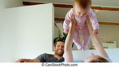thuis, slaapkamer, hebben, ouders, baby, kaukasisch, 4k, plezier, vrolijke