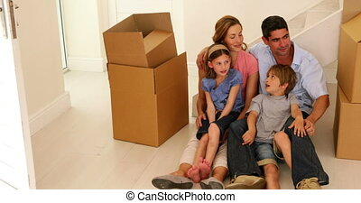 thuis, vloer, nieuw, hun, zittende , gezin, vrolijke