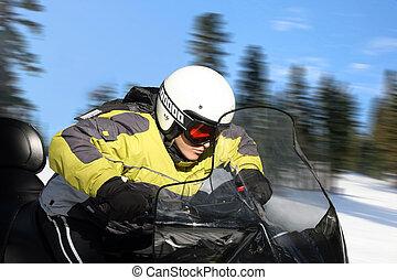 tienerjongen, snowmobile