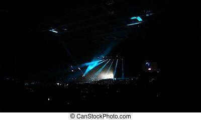 toeschouwers, concert, zetten, ontsteken merken, rennende , balken, groot, begin, zaal, blik