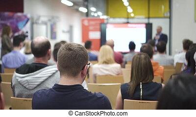 trainer, mensen, het luisteren, aanzicht, achterkant, cursus, lecture., congresgebouw