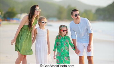 tropische , vier, strand, gezin