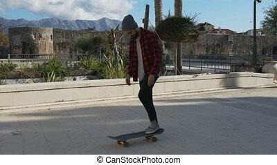 trucs, skateboarder, uitvoeren, jonge, weinig, mannelijke